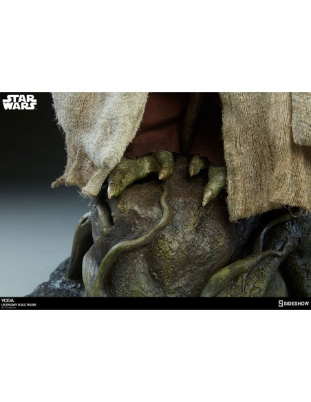 Star Wars Episode V Legendary Scale Format Yoda